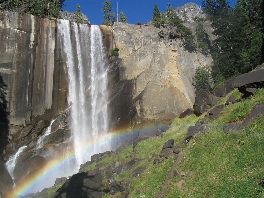 Yosemites-Vernal-Falls